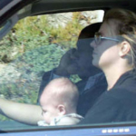 Brittney Spears driving with baby not in car seat